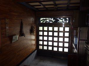 リフォーム前(玄関)